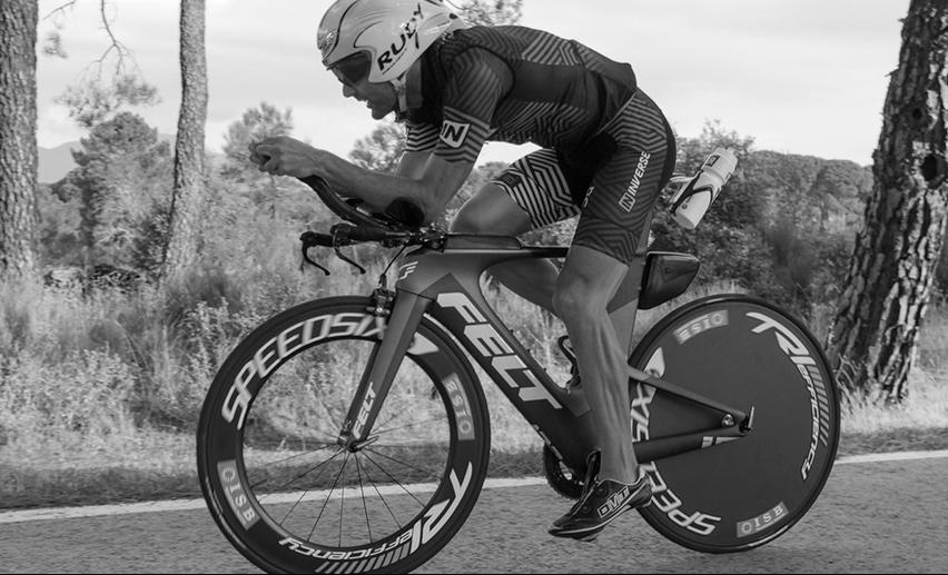 Victor-del-Corral-rodamientos-ISB-Sport