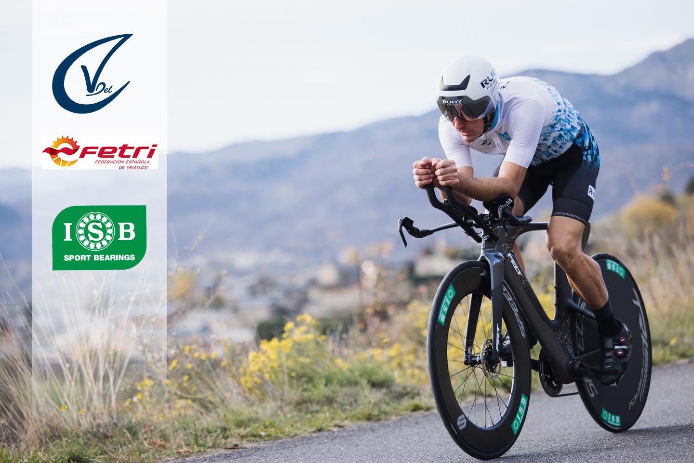 Victor del Corral con ISB Sport al Campeonato de España de Triatlón de Invierno